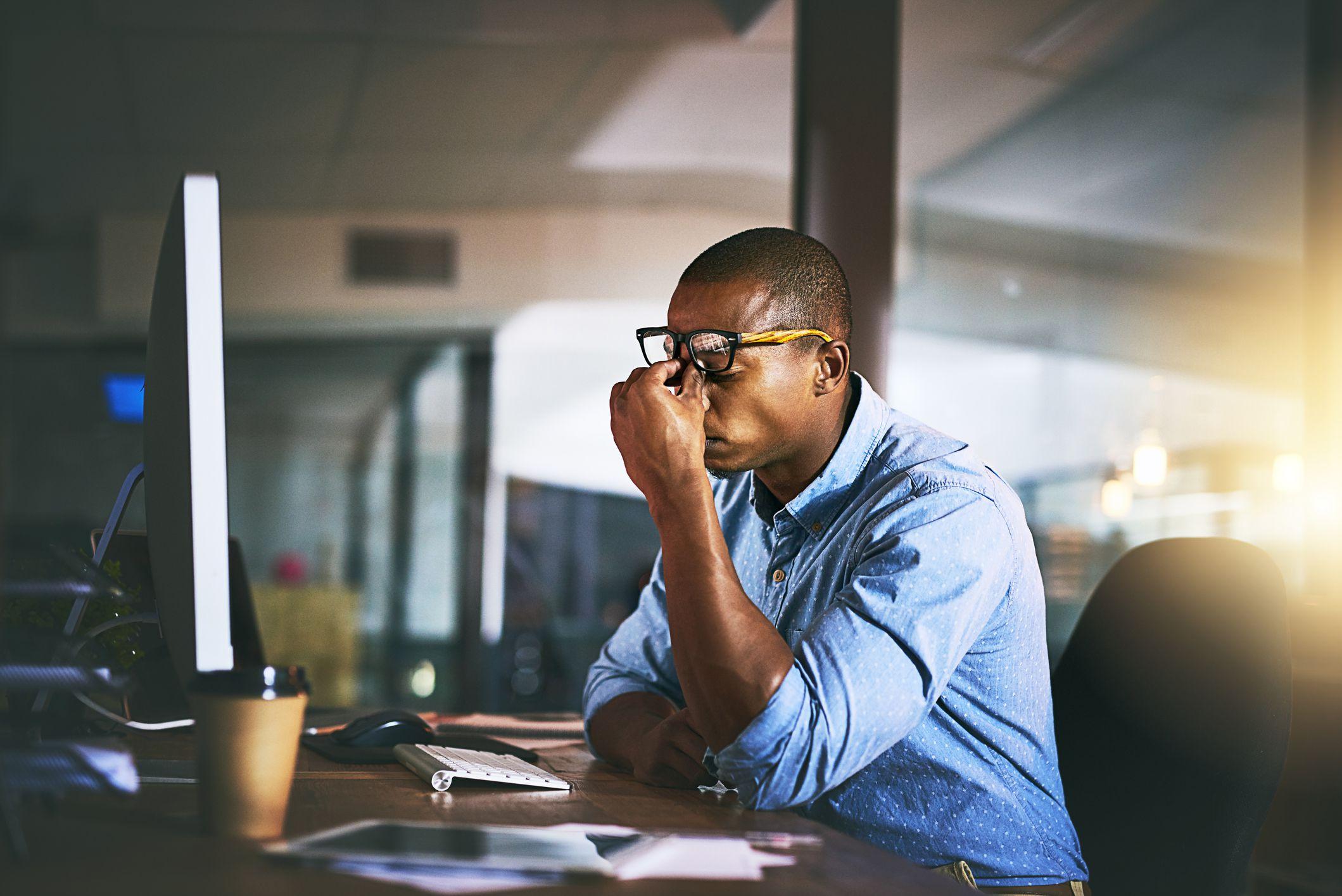 Sobrecarga no trabalho: entenda 8 maneiras de evita-la