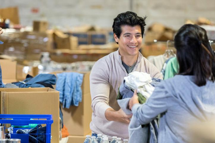 fazer trabalho voluntário